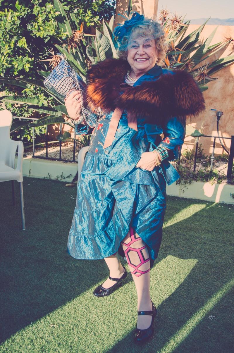 boda-momentazos de boda-fotografo-almería-divertido-espontaneo-blow up photo--29