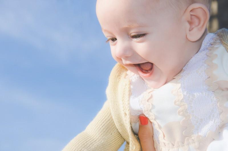 familia-niños-fotografo-almería-naturales-espontaneas-felices-blow up photo-07