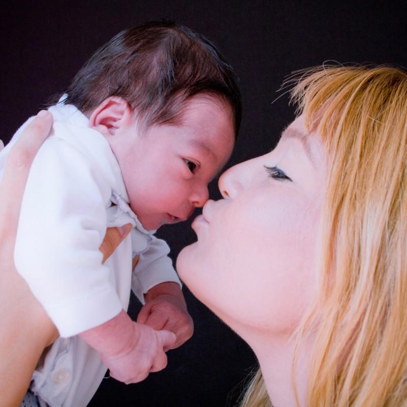 niños-niñas-bebés-fotografo-almería-naturales-tiernas-felices-blow up photo-28