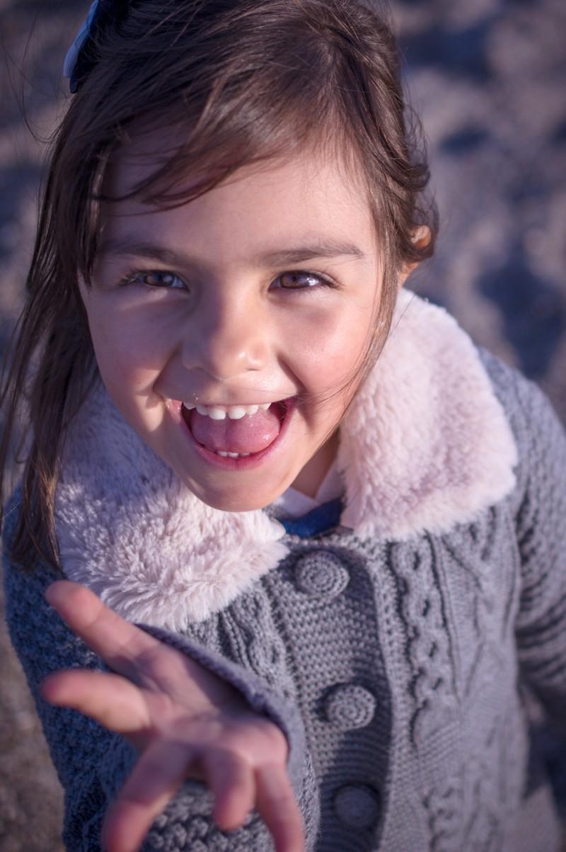 niños-niñas-bebés-fotografo-almería-naturales-tiernas-felices-blow up photo-37
